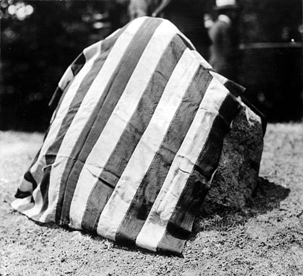 Image of Muir Knoll Dedication Boulder 1918