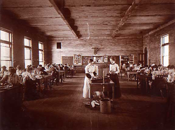 Image of Biology Laboratory, 1899