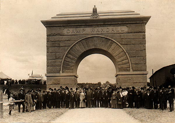 Image of Memorial Arch Dedication